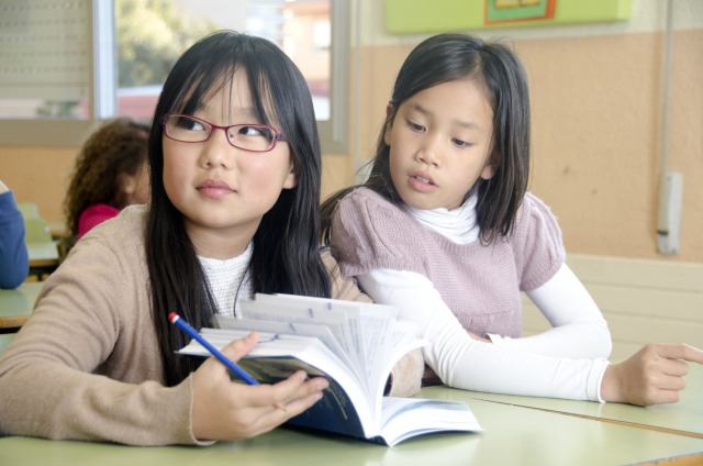 小学生の外国語活動による効果は本当にあるの?